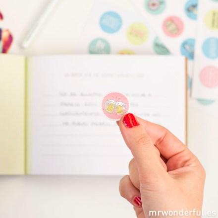 Mr.Wonderful Kit de nuestras historias geniales: vela y libro adhesivos