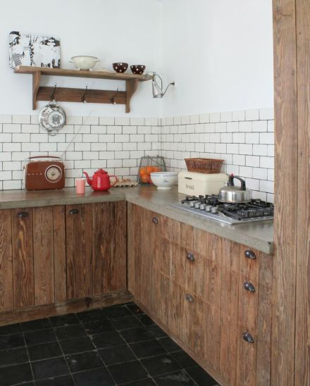 subway-kitchen-backsplash-design