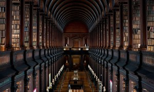 201407-w-most-beautiful-libraries-in-the-world-trinity-college-old-library