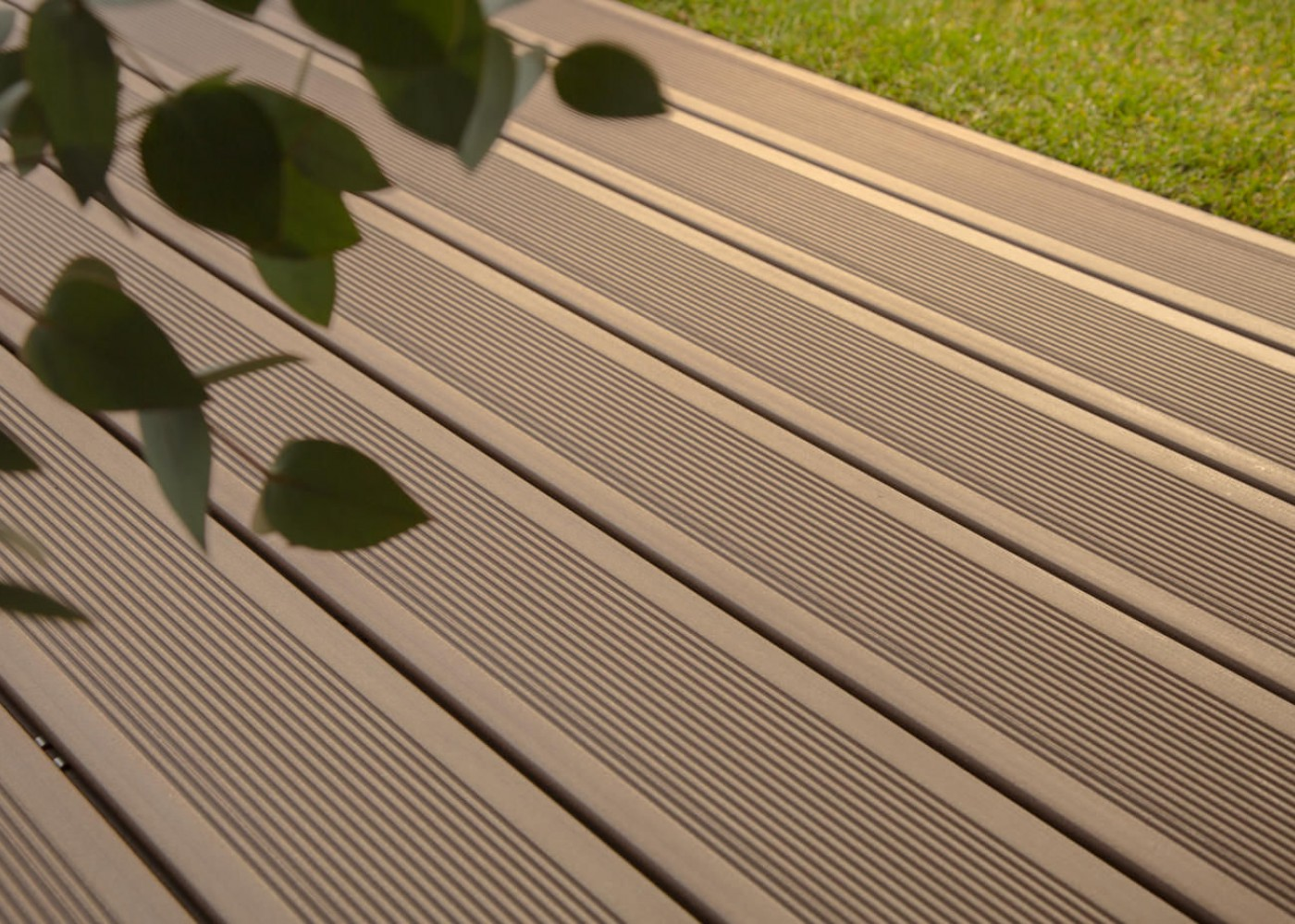 Plancher Composite Exterieur Lame Plancher Composite Simple Amazing Lame De Bois
