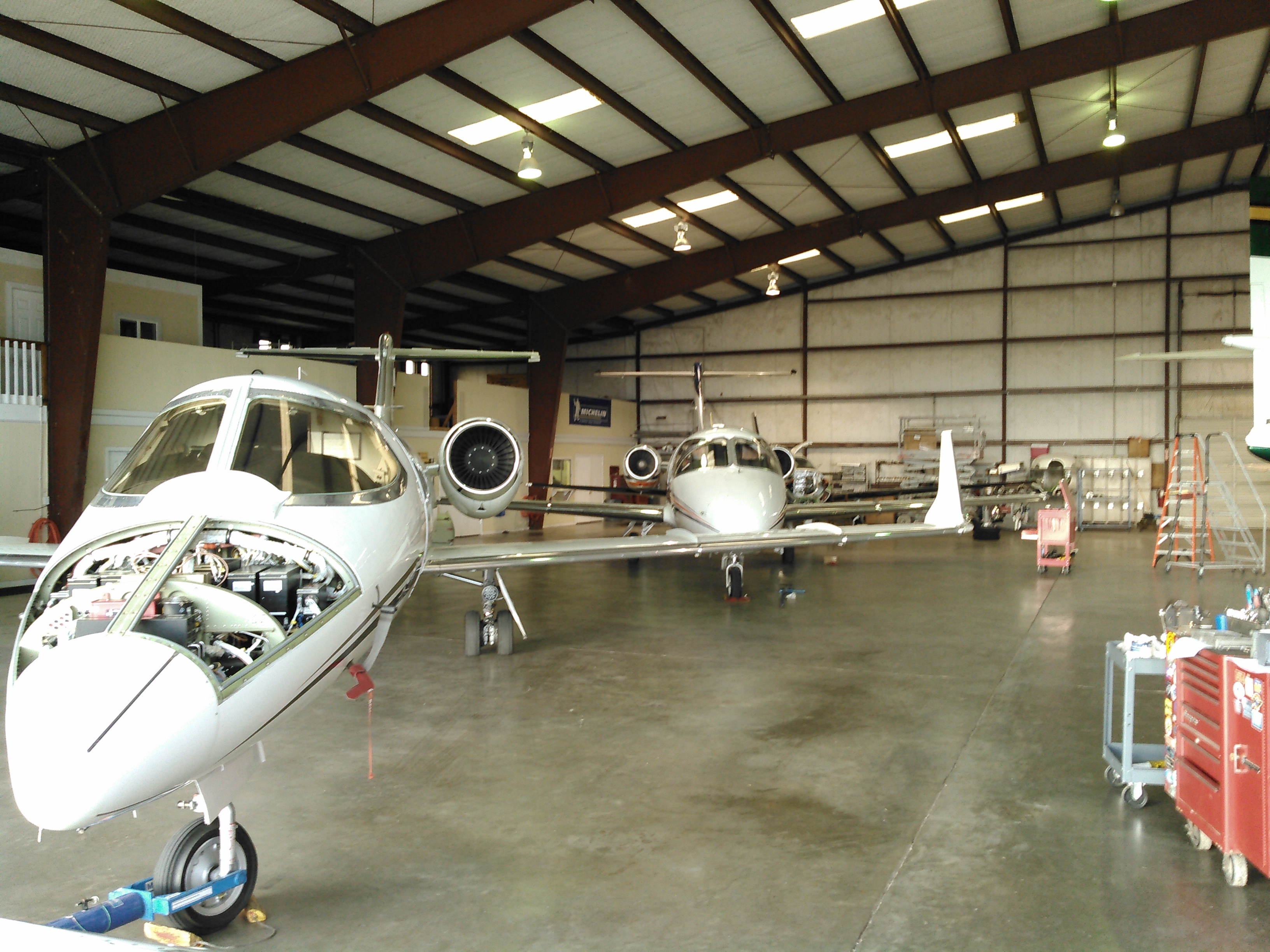 Airplane Maintenance Aircraft Maintenance Services Conroe Tx Mw Aircraft Services