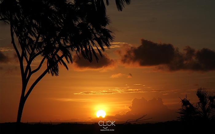 African Screens 05 – Katsangani Sunset