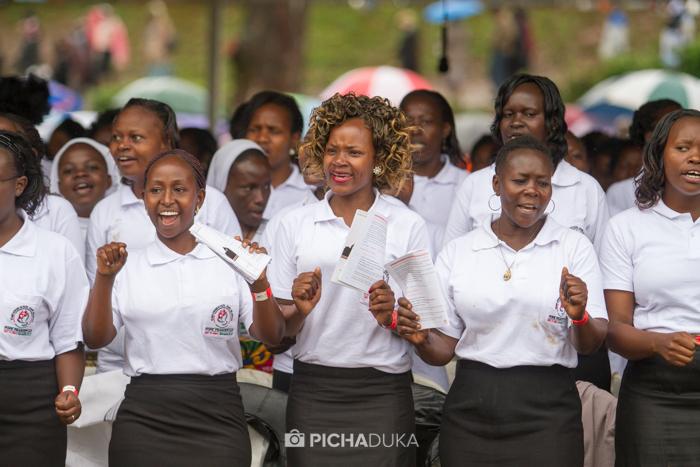 Papal_Mass_Pope_in_Kenya_Mwangi_Kirubi-19