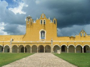 IZAMAL_MEXIQUE