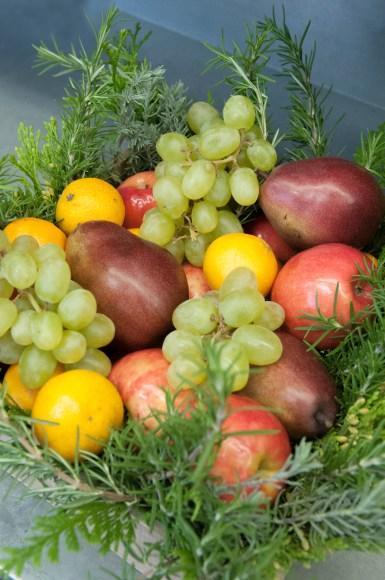 PHOTO: Fruit basket.