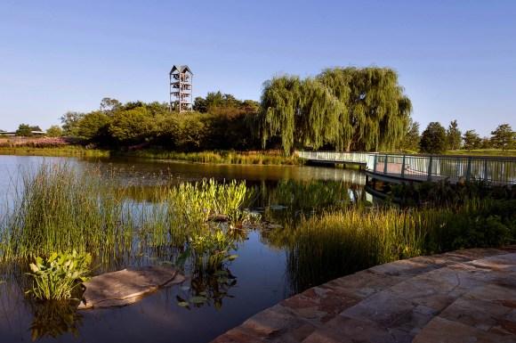 PHOTO: Lakeside Terrace.