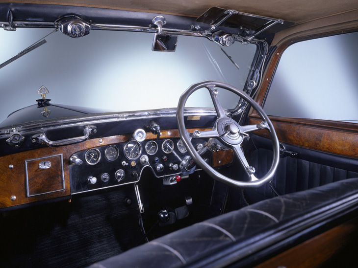 Classic Car Wallpaper 57 Chevy Maybach Zeppelin Ds8 From The 1930s