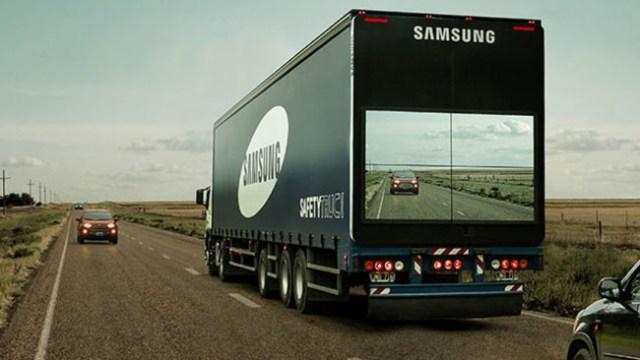 Segurança na Ultrapassagem de Caminhões (Fonte: Samsung)