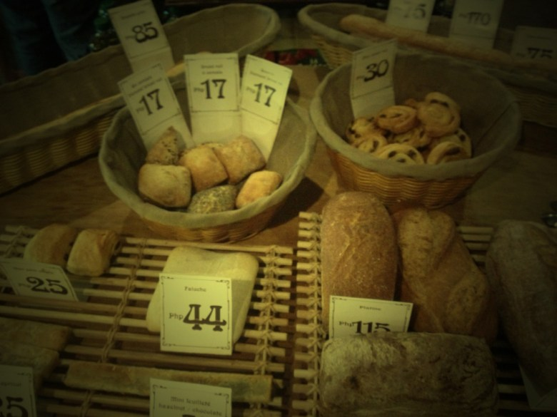 Aside from croissants, other baked goodies on display at the new Cebu French bakery La Vie Parisienne include bread like faluche, platine, and baguette.
