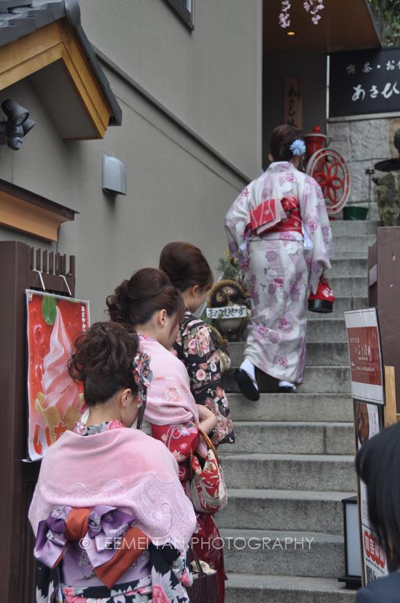 girls_in_kimono