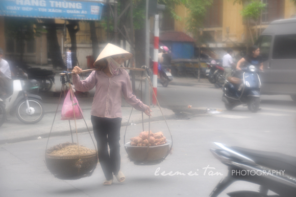 mobile-food-vendor-hanoi