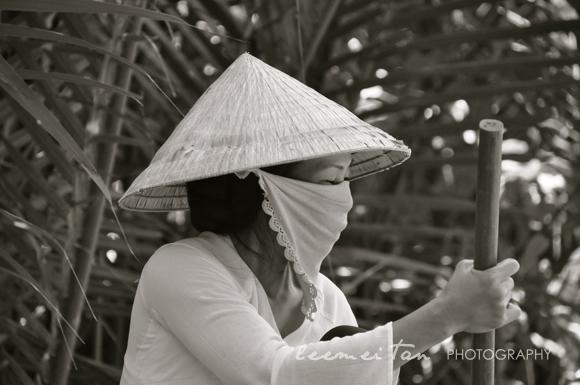 vietnamese-lady-mekong-delta-2