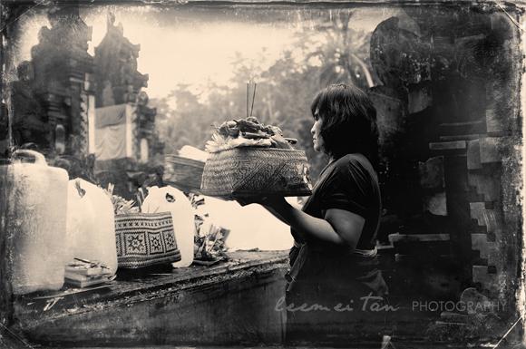 woman-prayer