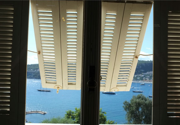 villa-rothschild-view-from-inside