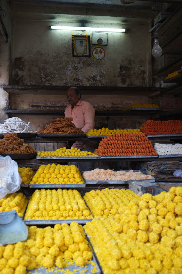 sweets-vendor-jaipur