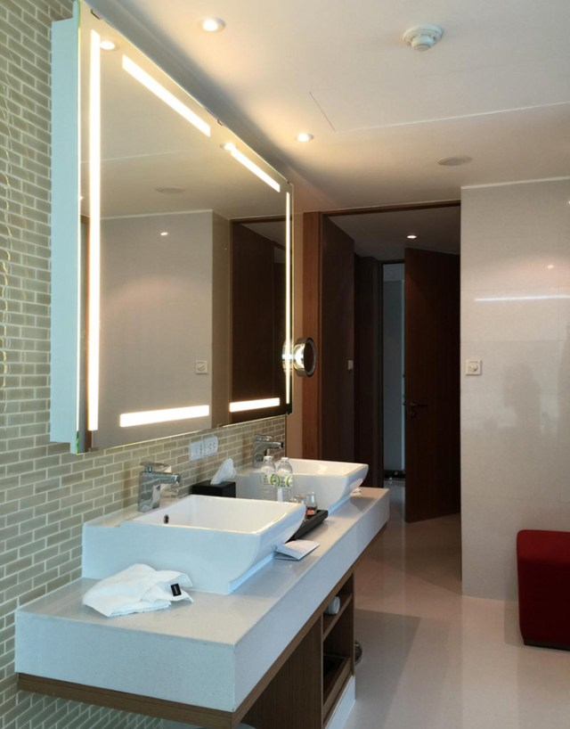 le-meridien-executive-suite-bath