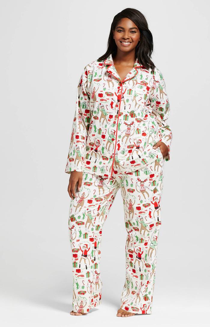 plus-size-sleepwear-for-the-holidays-mycurvesandcurls