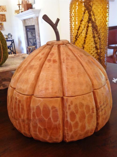 Wooden Pumpkin - mydearirene.com