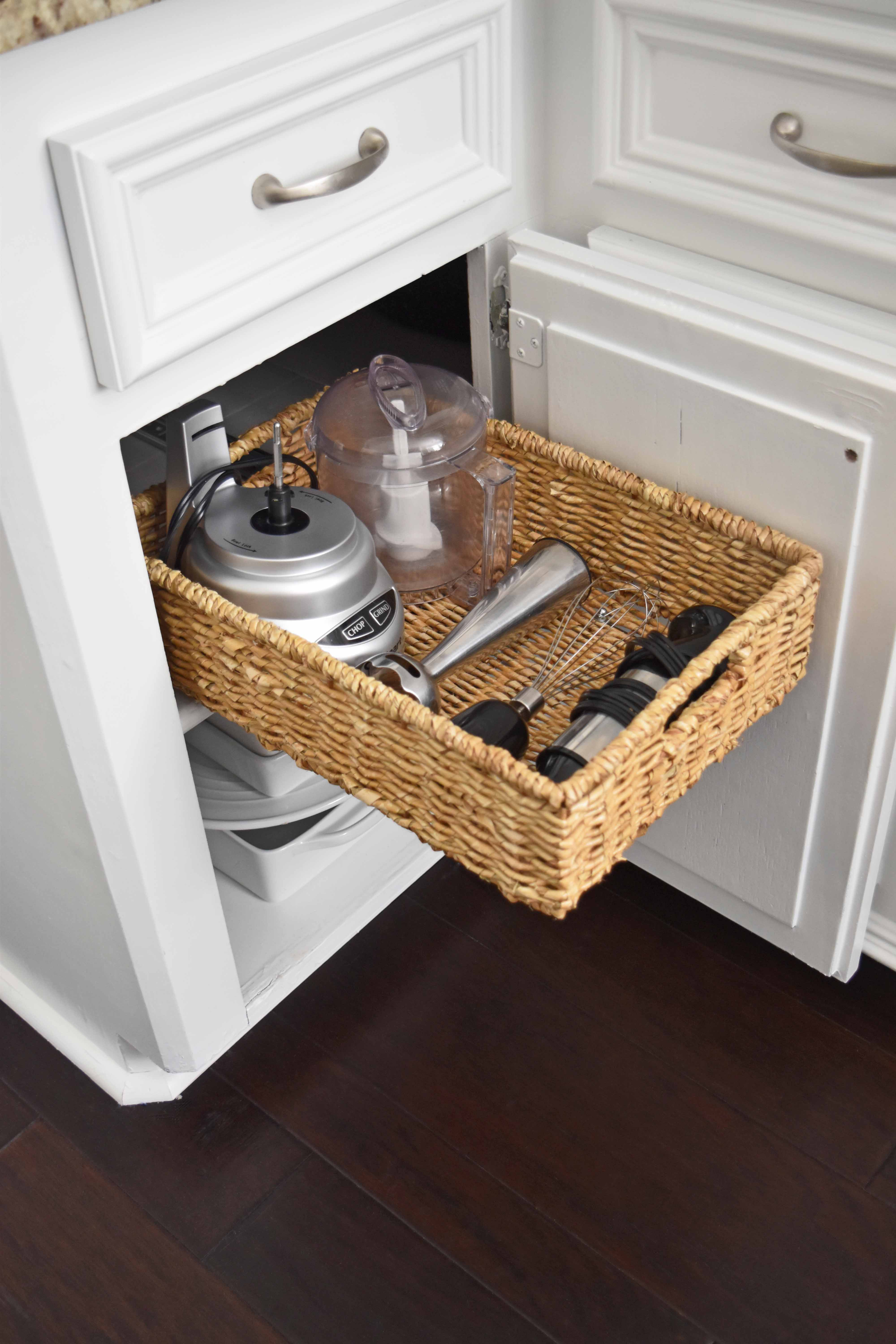 Diy Pull Out Basket For The Kitchen Mounted In Minutes Once Again My Dear Irene
