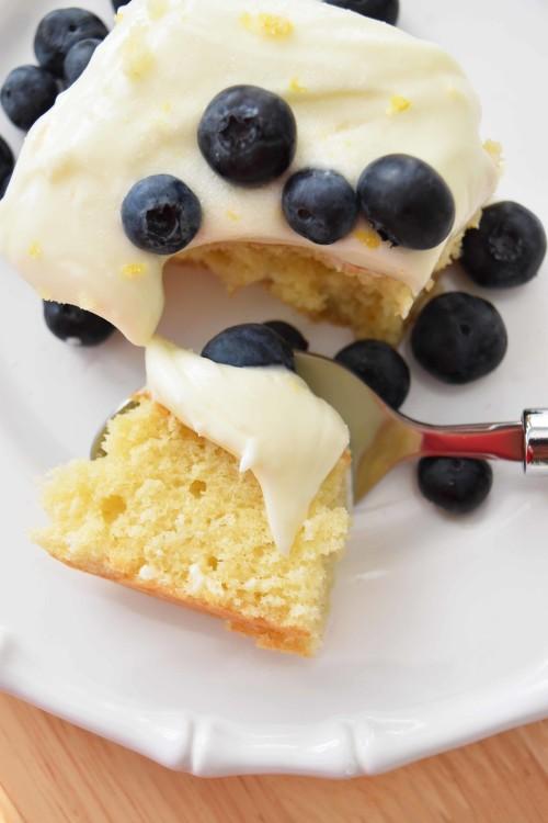 Martha Stewart Living Vanilla Sheet Cake With Cream Chesse Frosting - mydearirene.com_edited-2