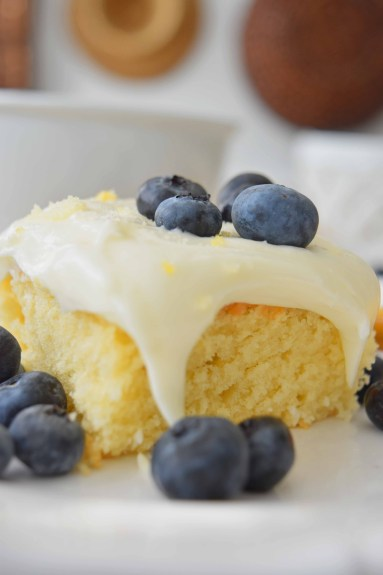 Martha Stewart's Vanilla Sheet Cake With Lemon Cream-Cheese Frosting