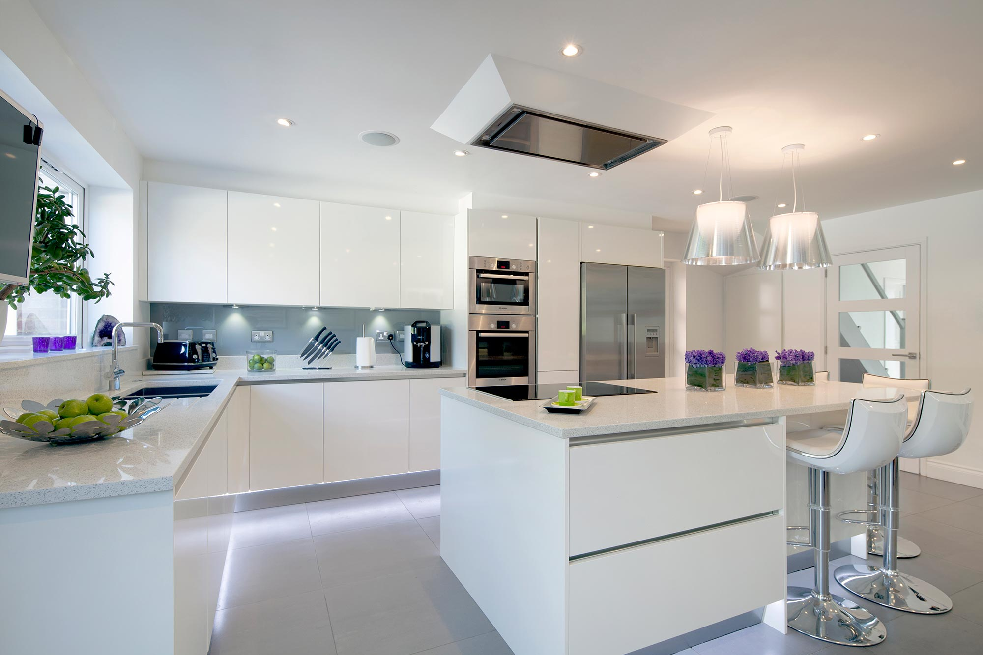 Kitchen Design Uk Images Small Kitchen Designs On A Budget My Decorative