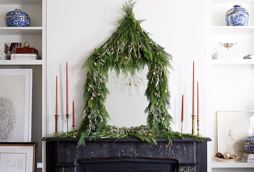 Home for the Holidays with Hallmark! - Design Chic Design Chic - simple christmas tree decorating ideas