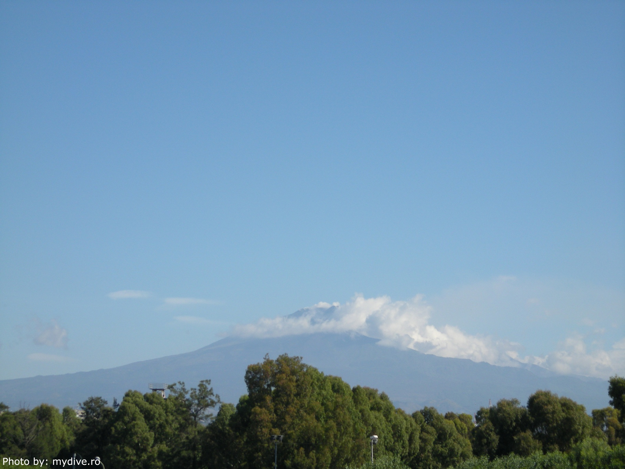 Etna Avance Catania Living In Etnas Lap My Dive
