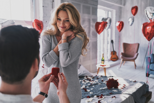Tips to Throw a Surprise Engagement Party - My Dream Engagement - surprise engagement party