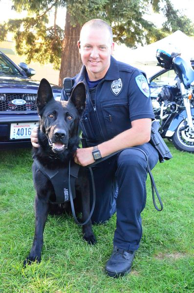 Edmonds Police Officer Jason Robinson with K-9 Hobbs.