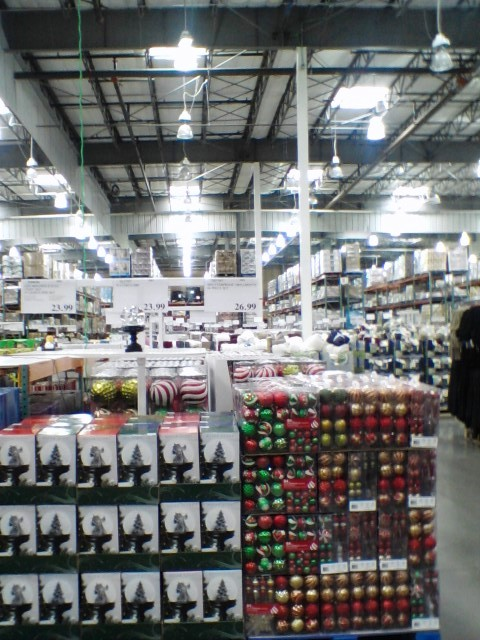 Christmas Decor Already on Sale in Everett MYEVERETTNEWS - costco jobs