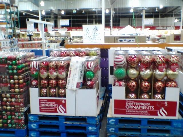 Christmas Decor Already on Sale in Everett MYEVERETTNEWS - costco christmas decorations