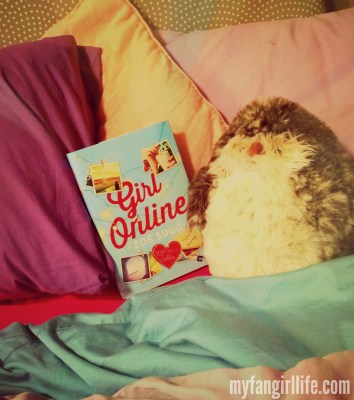 Girl Online Zoe Sugg in Bed
