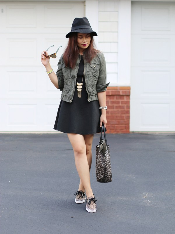 DSWShoeHookup Leopard Sperry outfit my fashion juice1 Sneaker Chic with DSW Shoe Hookup