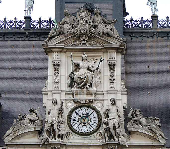 5 Of The Most Beautiful Street Clocks In Paris Right