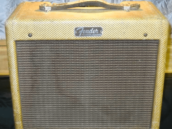 Tweed Fender Champ C 03323 Front
