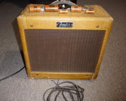 Tweed Fender Champ C 17243 Front