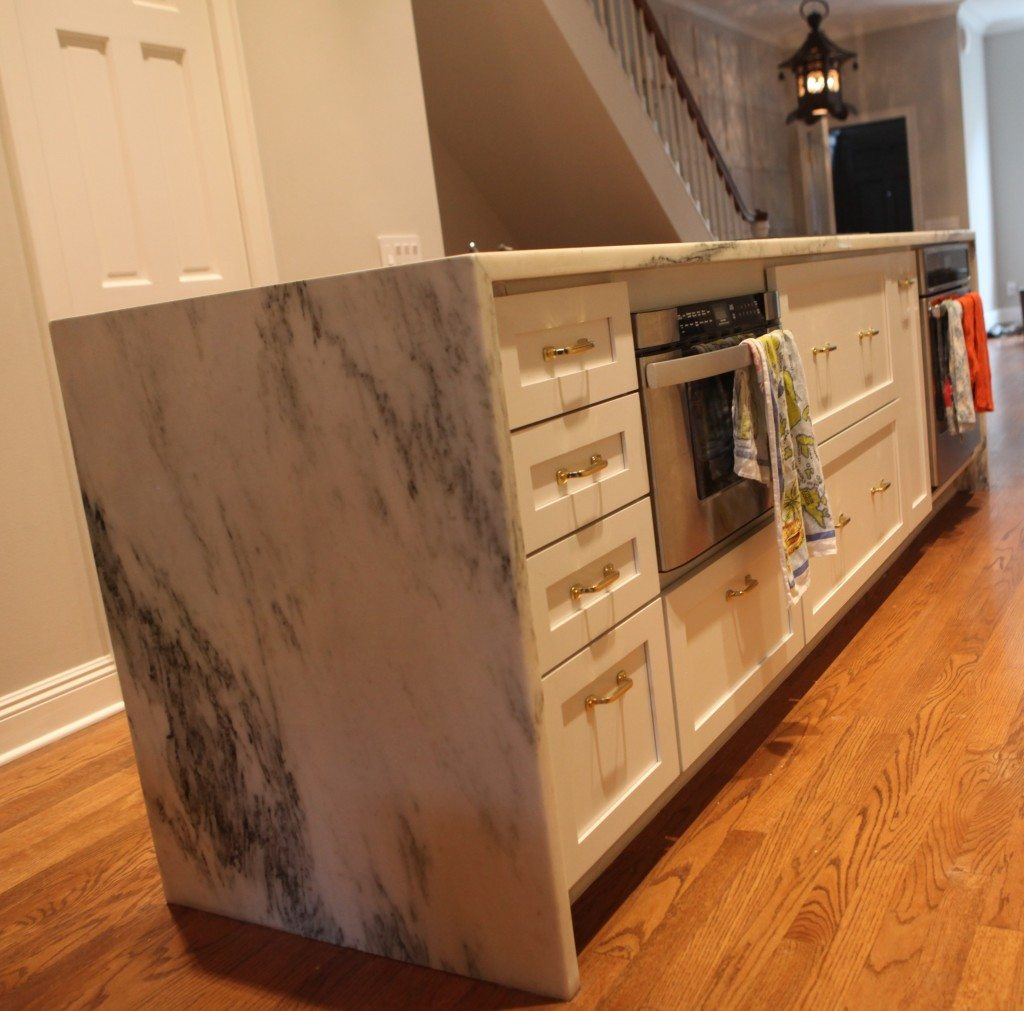 Matching Countertops With Cabinets How To Mix Match Kitchen Countertops And Cabinets Myhome