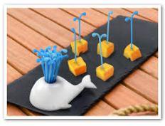 balena Moby Pick il set per aperitivo divertentissimo su differentedesign