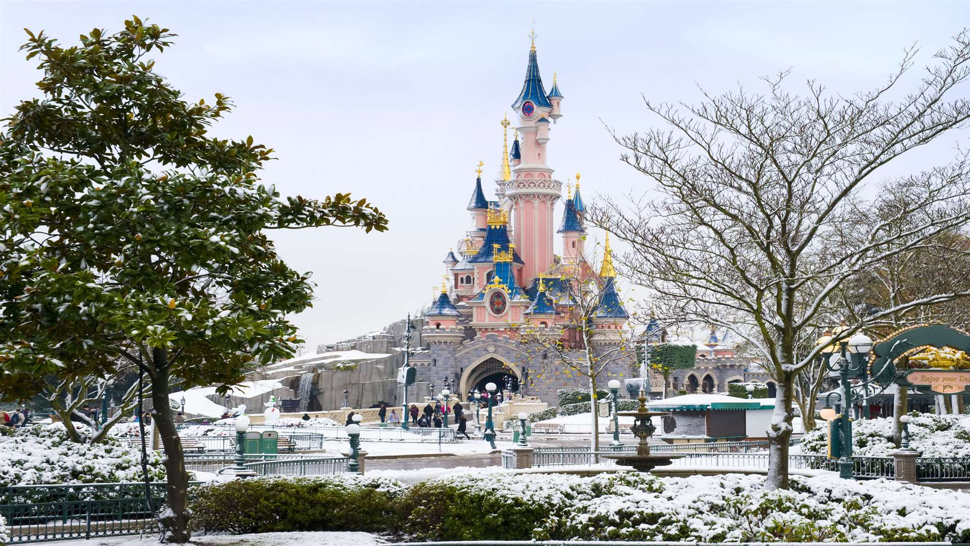 Ashford Paris Visiting Disneyland Paris From Kent