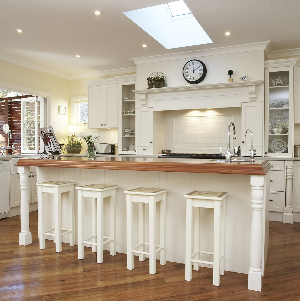 French White Kitchen Cabinets French Country Kitchen Cabinets Design Ideas