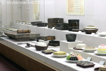 Rice Cake and Traditional Kitchen Utensil Museums2