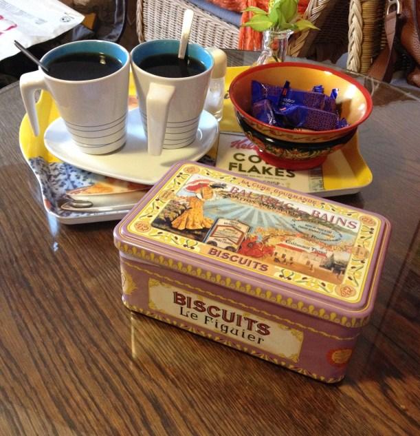 Τα μπισκότα που σου έλεγα! Εννοείται με καφέ!