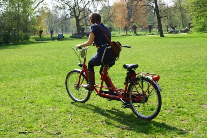 Η φίλη μου η J στο Vondelpark