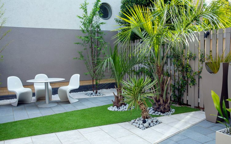Mid Century Modern Patio Small Contemporary London Garden, Mylandscapes Modern