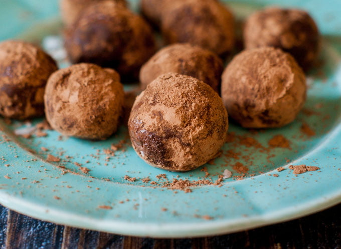 Low Carb Chocolate Coconut Protein Bites