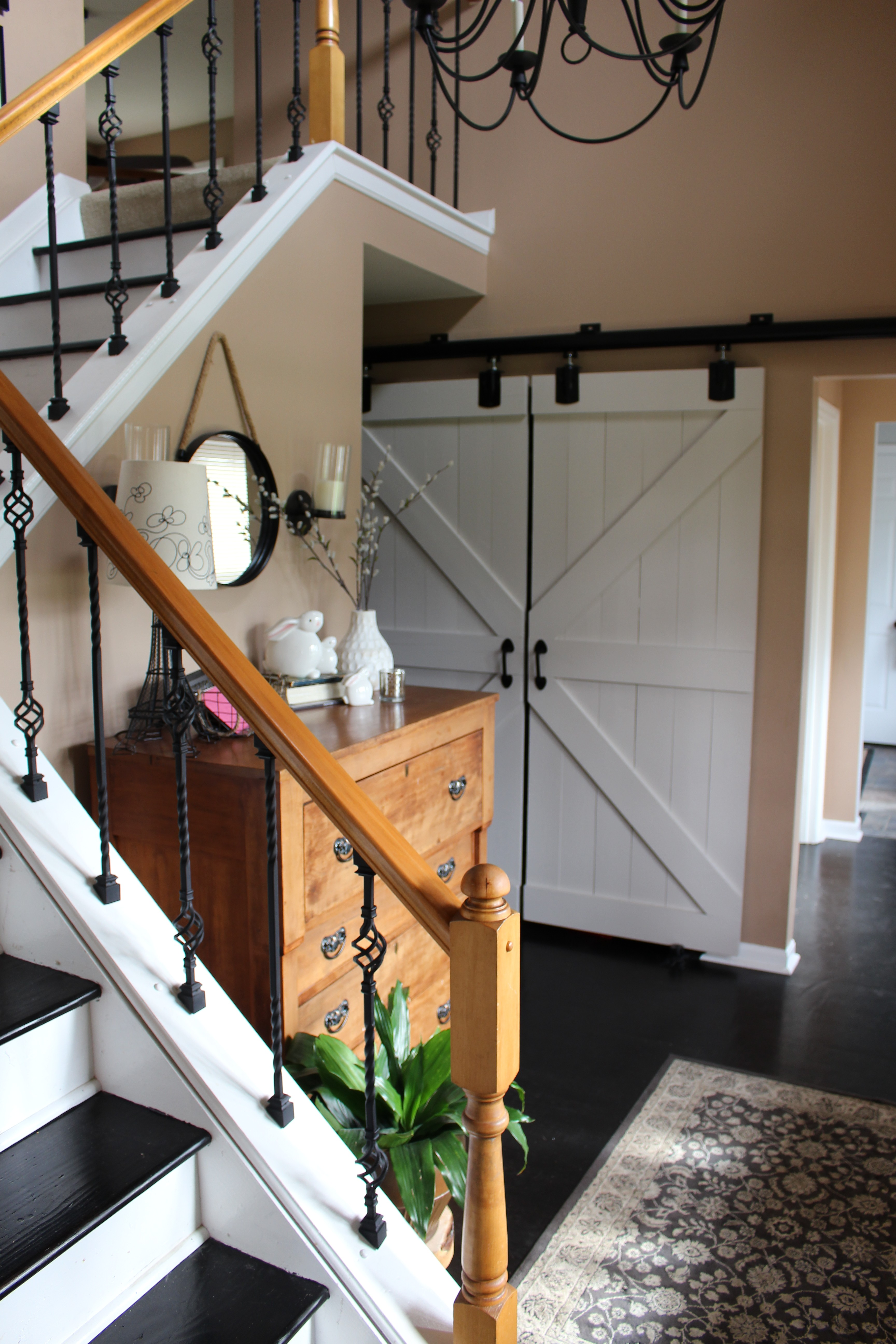 Barn Doors in Entryway by www.mylifefromhome.com