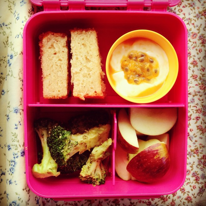 banana bread lunch box