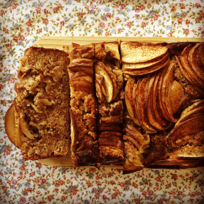 apple, cinnamon & hazelnut loaf