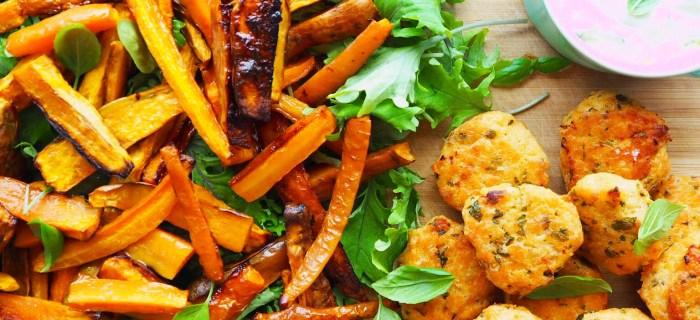 baked salmon cakes w' sweet potato & baby kale salad